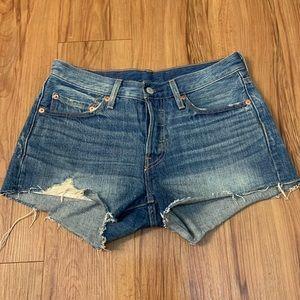 LEVI'S 501 Distressed Raw Hem Jean Shorts